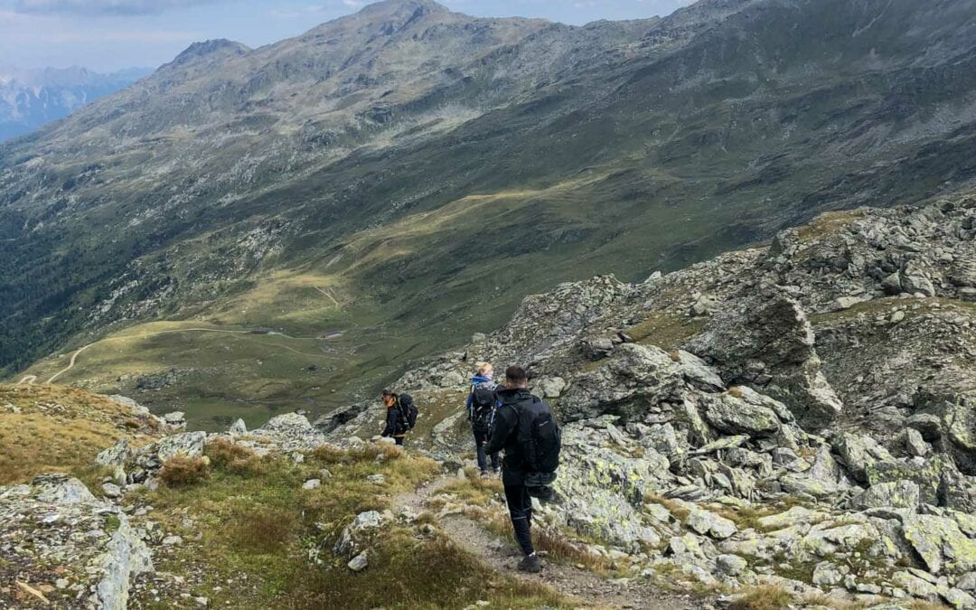Hiking Packing List: What to pack for a hike
