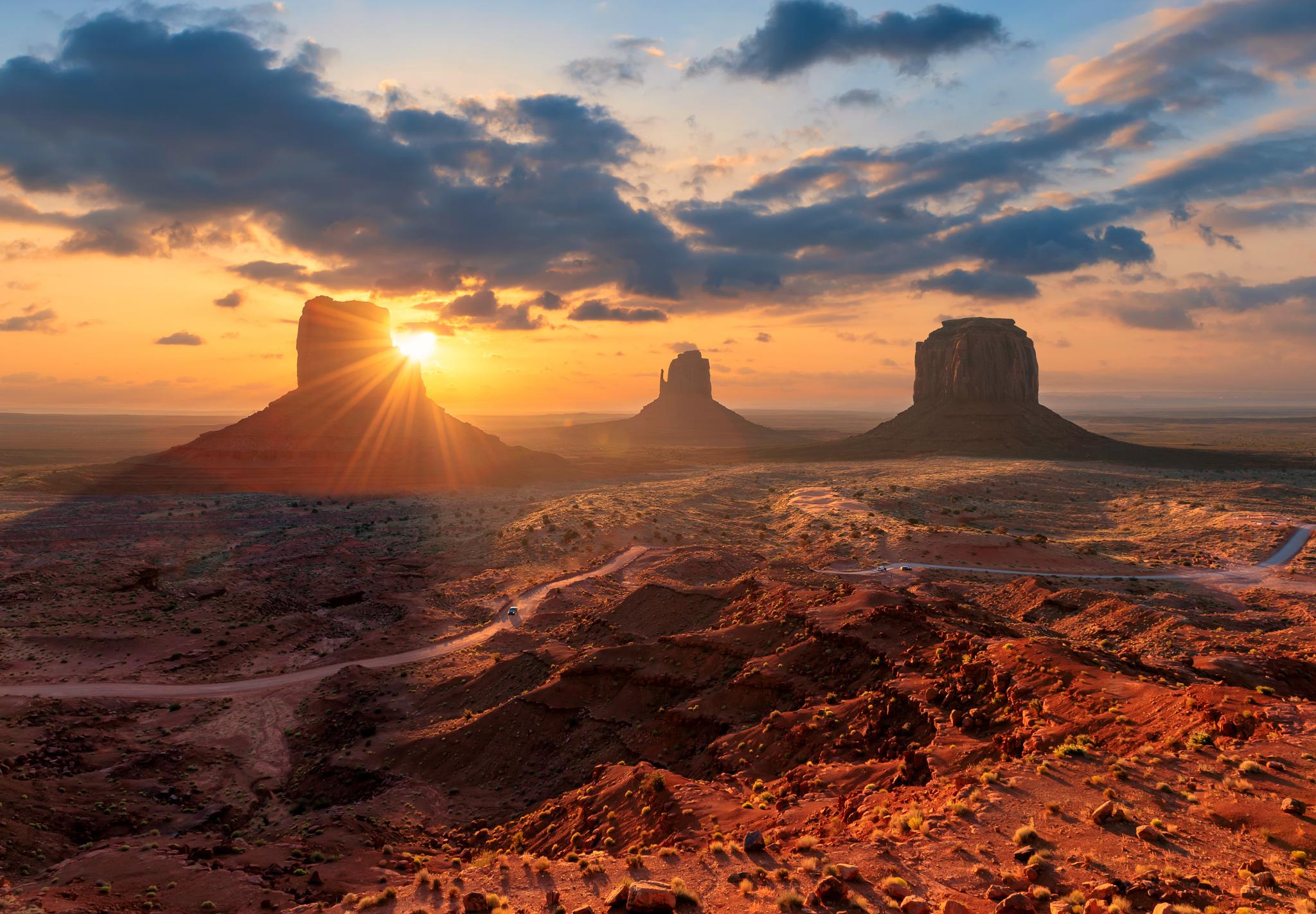Most beautiful state US Sunrise at Monument Valley, Arizona